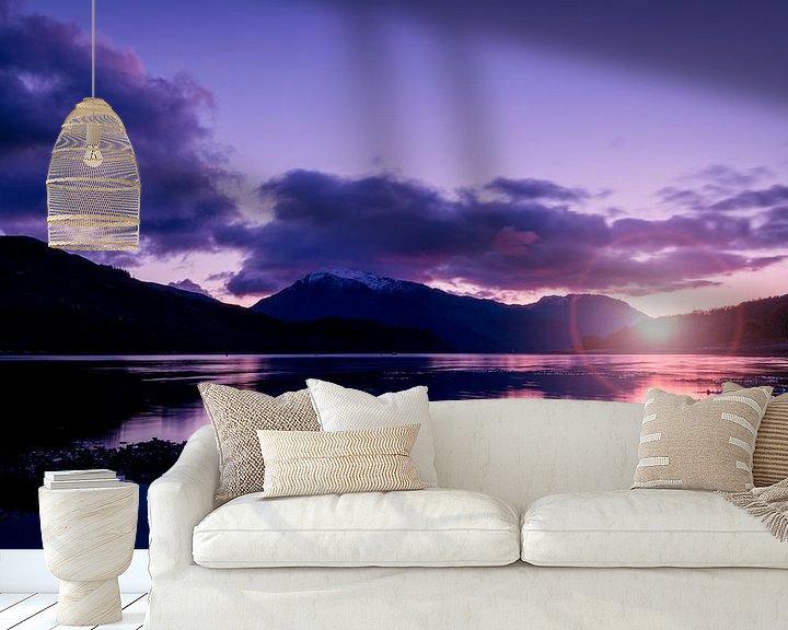 Beispiel fototapete: der Sonnenuntergang zwischen den Bergen im schottischen Hochland von Studio de Waay