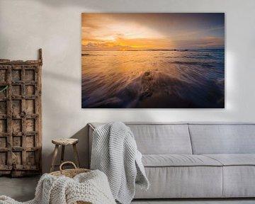 Sonnenuntergangs-Strand Mentawai
