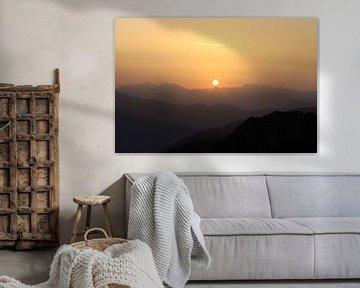 Zonsopgang in de Alpen van Karina Baumgart