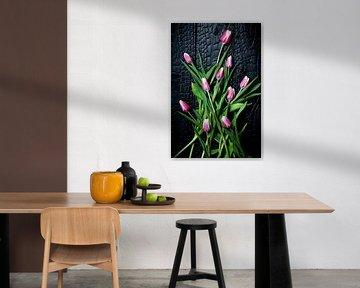 Tulp galore van Mo Barends