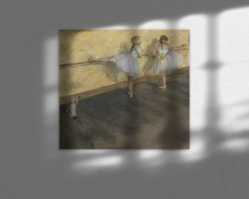 Junge Tänzer üben ihr Ballett an der Stange 1877