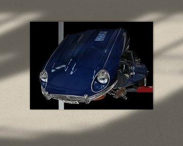 Jaguar E-Type Series 3 auf Hebebühne von aRi F. Huber