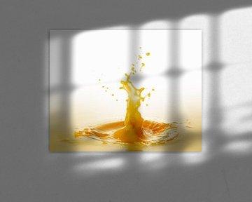 Spritzer Orangensaft 11231713 von BeeldigBeeld Food & Lifestyle