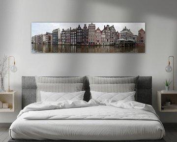 Amsterdamer Panorama eines Kanals mit Häusern