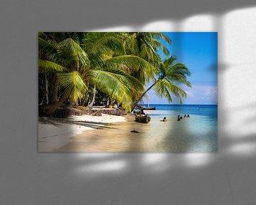 Kinder spielen auf den San-Blas-Inseln