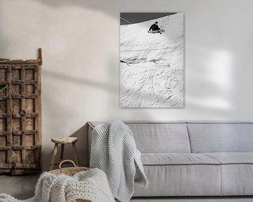 Actie foto snowboarder in de lucht van Hidde Hageman