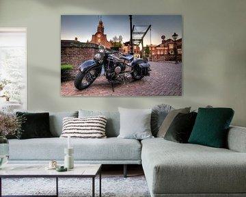 Harley in Delfshaven sur Rene Ladenius Digital Art