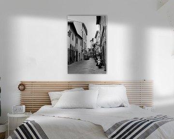 Straße in Cortona von Chantal Koster