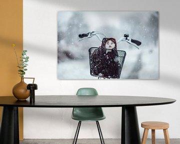 Katze im Schnee von Felicity Berkleef