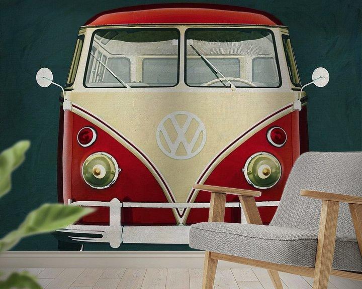 Sfeerimpressie behang: Volkswagen Combi Deluxe 1963 vooraanzicht van Jan Keteleer