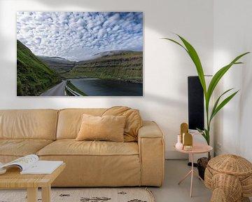 Faeröer fjord van Robin van Maanen