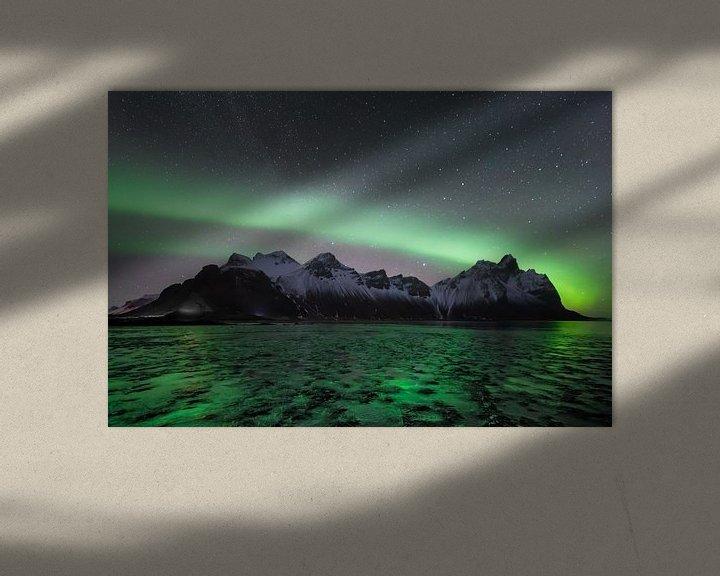 Beispiel: Nordlicht mit der Milchstraße im Hintergrund in Vesterahorn (Stokknes), Island von Michiel Dros