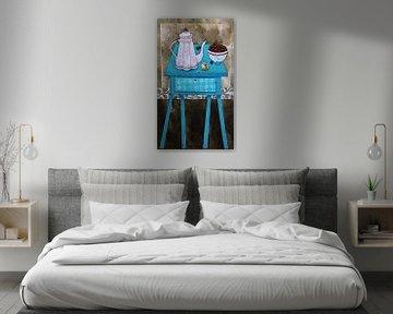 Stilleben mit verrücktem blauen Tisch von Eveline van Rooy