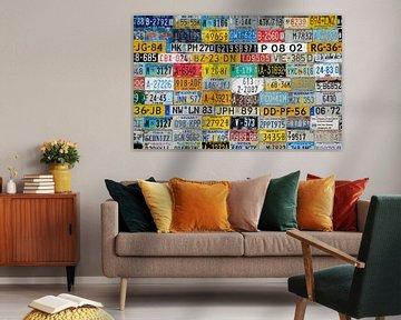 Een muur van Nummerborden