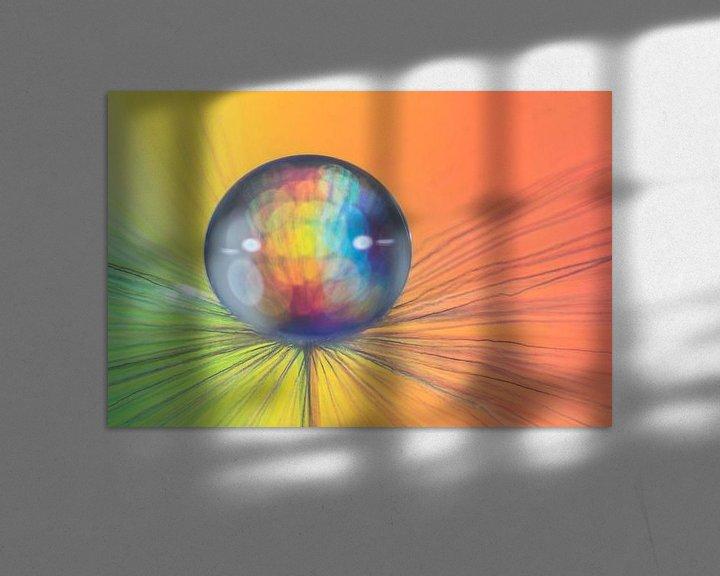 Sfeerimpressie: Macrofoto van een druppel op een pluisje van Bert Nijholt