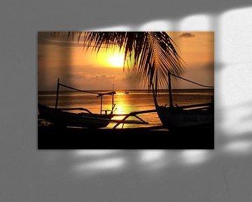Reiseträume - Sonnenuntergang am Strand von Bali von pixxelmixx