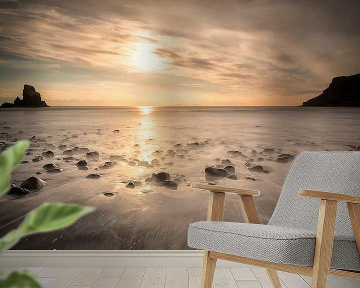 Sfeerimpressie behang: Talisker bay - Ilse of Skye - Schotland van Remco Siero