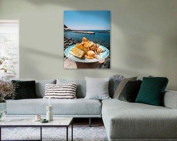 Gefrituurde zeevruchten op een Italiaanse Taverna aan de kust op Ischia