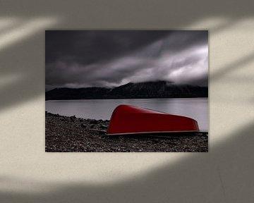 Rotes Boot am Walchensee