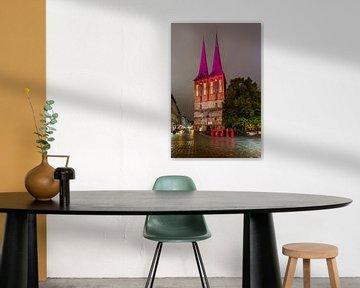 Berliner Nikolaikirche in besonderem Licht