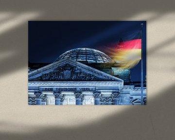 Le bâtiment du Reichstag à Berlin avec le drapeau allemand
