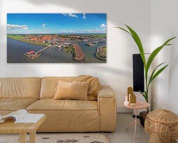 Lucht panorama van Marken aan het IJsselmeer in Nederland van Nisangha Masselink