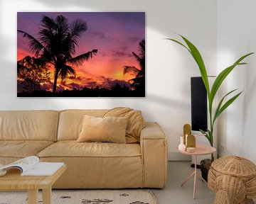 Zonsondergang op Bali met palmbomen van road to aloha