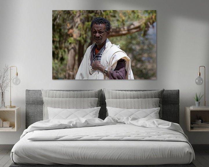 Sfeerimpressie: Priester in Ethiopië van Bram de Muijnck