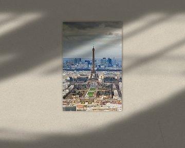 Blick auf den Eiffelturm Paris von Dennis van de Water