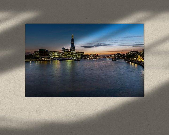 Sfeerimpressie: City of London Skyline op de Theems van Frank Herrmann