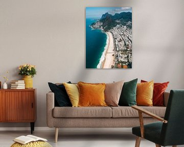 Uitzicht over de zee en stranden van Rio de Janeiro Ipanema en Leblon  vanuit helicopter