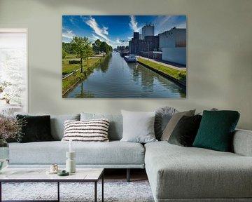 Sur le Zuid-Willemsvaart, le canal de Weert sur JM de Jong-Jansen