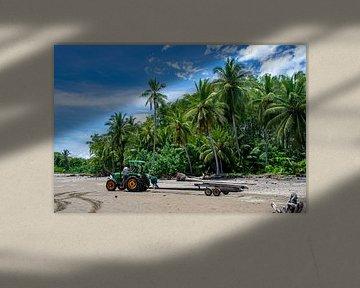 Strand Costa Rica met de palmbomen van Merijn Loch