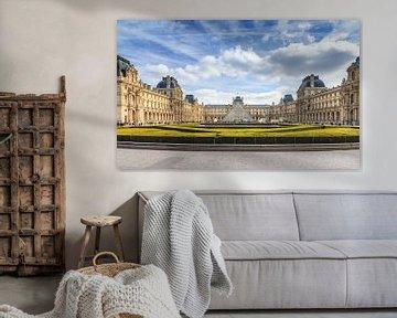 Het Louvre in Parijs van Dennis van de Water