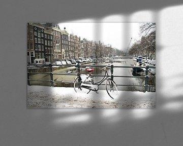 Winter auf den Amsterdamer Kanälen in den Niederlanden von Nisangha Masselink