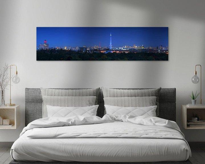 Impression: Le ciel de Berlin à l'heure bleue sur Frank Herrmann