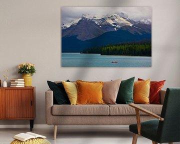 Maligne Lake in Jasper N.P, Alberta, Canada van Henk Meijer Photography