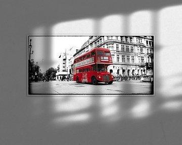 Engelse bus van Rene van Heerdt