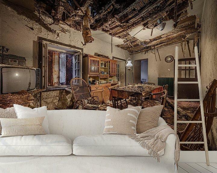 Beispiel fototapete: Abgelaufener Speisesaal in verlassenem Haus von Inge van den Brande