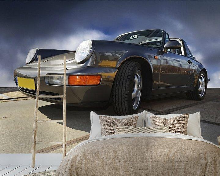 Sfeerimpressie behang: Porsche Grijs van Brian Morgan