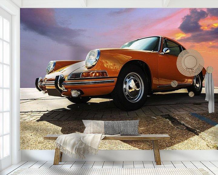 Sfeerimpressie behang: Porsche oranje van Brian Morgan