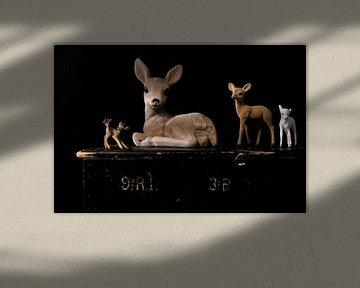 Bild eines Stillebens mit Hirschen. von Therese Brals