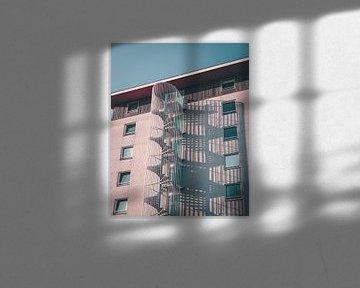 Wendeltreppe mit Schattenwurf von Mick van Hesteren