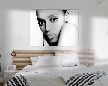 Portret van een Donkere Vrouw in High Key van Art By Dominic