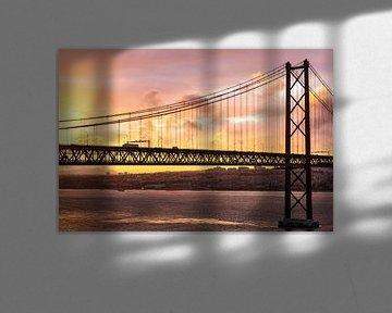 Lissabon - Ponte 25 de Abril von Frank Herrmann