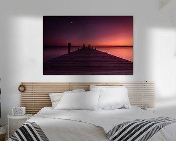 Zonsondergang aan zee op Sardinië van Iris Rozema