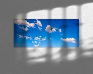 Ciel bleu avec des nuages sur Günter Albers