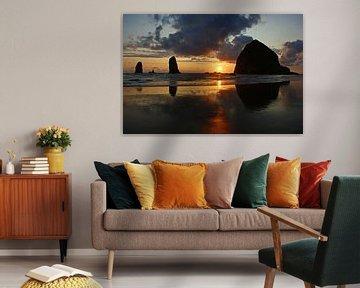 Zonsondergang, Haystack Rock, Cannon beach van Jeroen van Deel