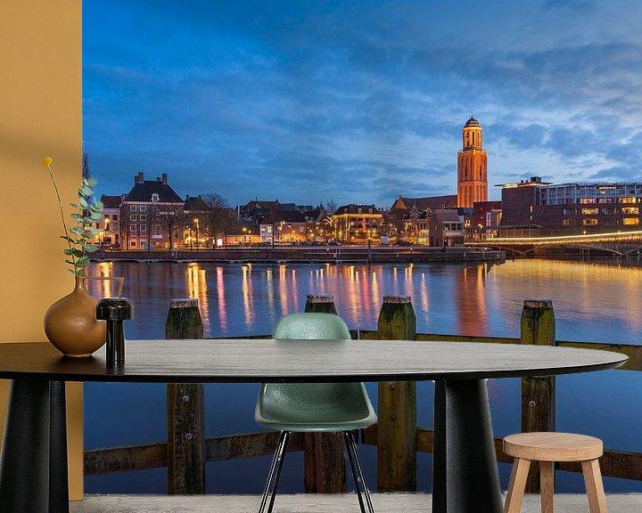 Sfeerimpressie behang: De skyline van Zwolle tijdens Blue hour van Rick Kloekke