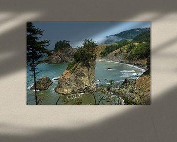 Baai met rotseilanden in Oregon van Jeroen van Deel